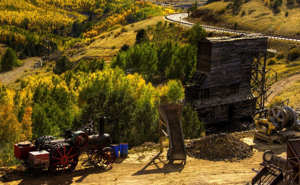 bigstock-gold-mining-operation-20086952-1200x742.jpg