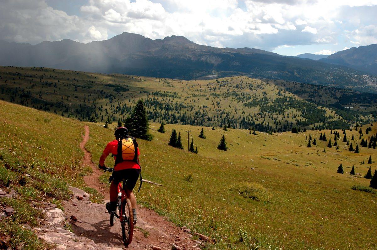 bigstock-mtn-biking-the-colorado-trail-2373861-1200x798.jpg