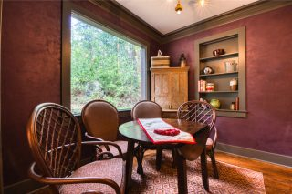 Ramona's Cottage, romantic cabin getaway in Cascade, CO